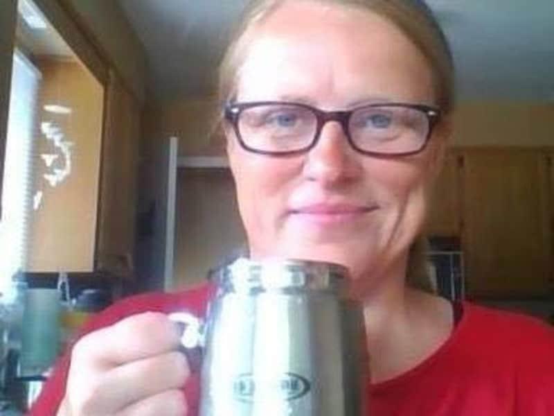 Elizabeth from Strathroy, Ontario, Canada