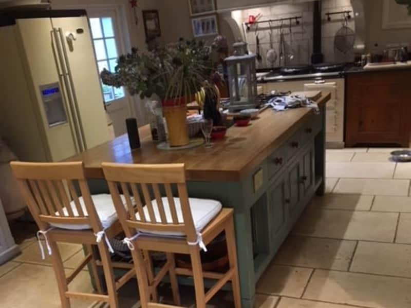 Housesitting assignment in Balcombe, United Kingdom