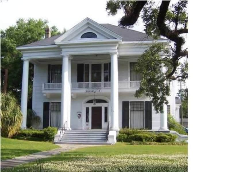 Housesitting assignment in Mobile, Alabama, United States