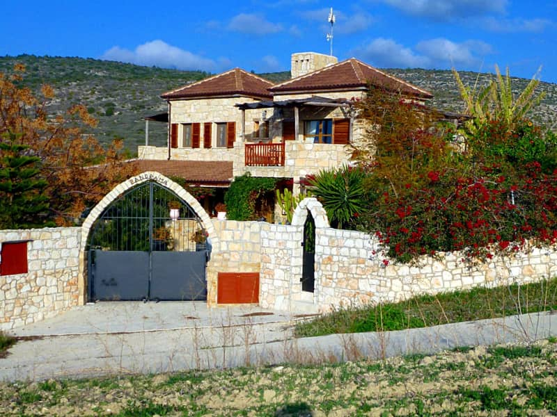 Housesitting assignment in Pólis, Cyprus