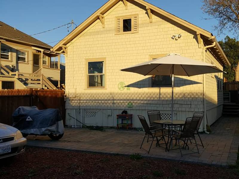 Housesitting assignment in Emeryville, California, United States