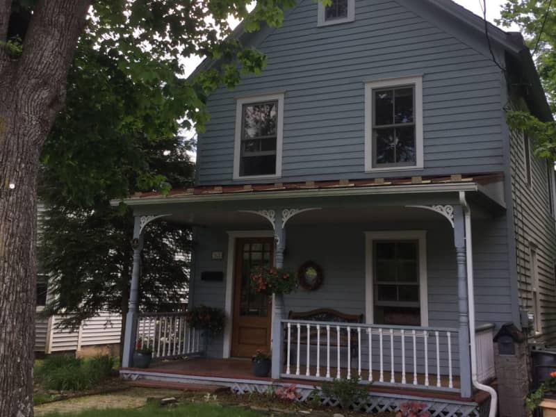 Housesitting assignment in Milford, Pennsylvania, United States