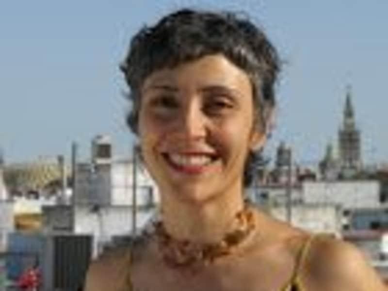 Mahsa from Sevilla, Spain