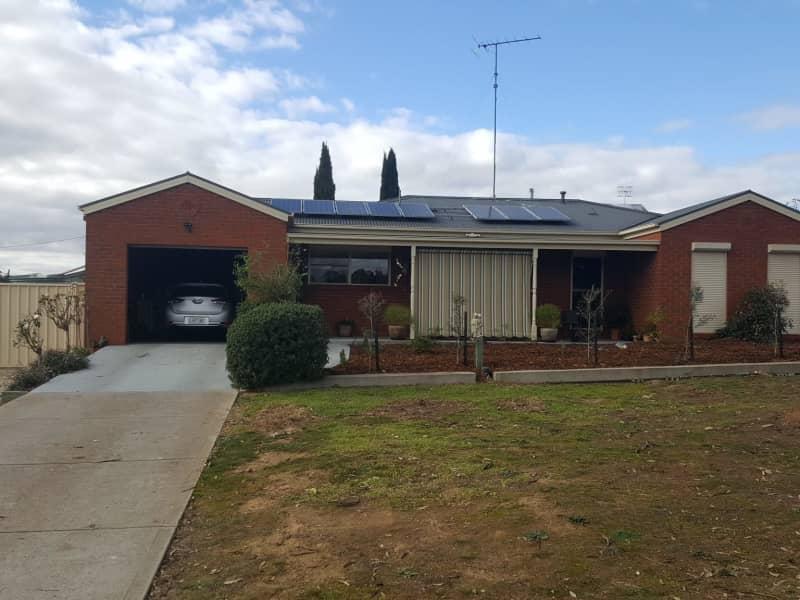 Housesitting assignment in Broadford, Victoria, Australia