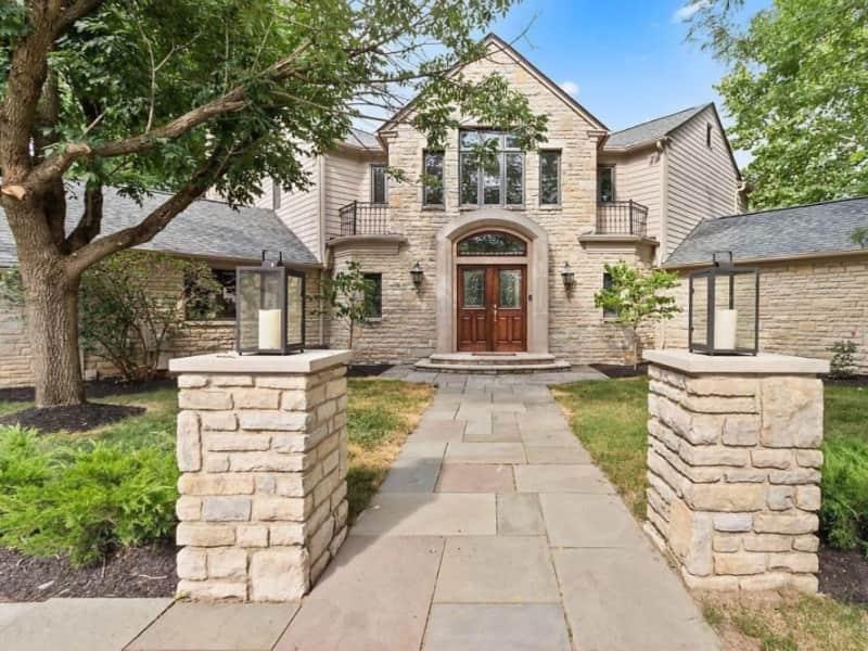 Housesitting assignment in Upper Arlington, Ohio, United States