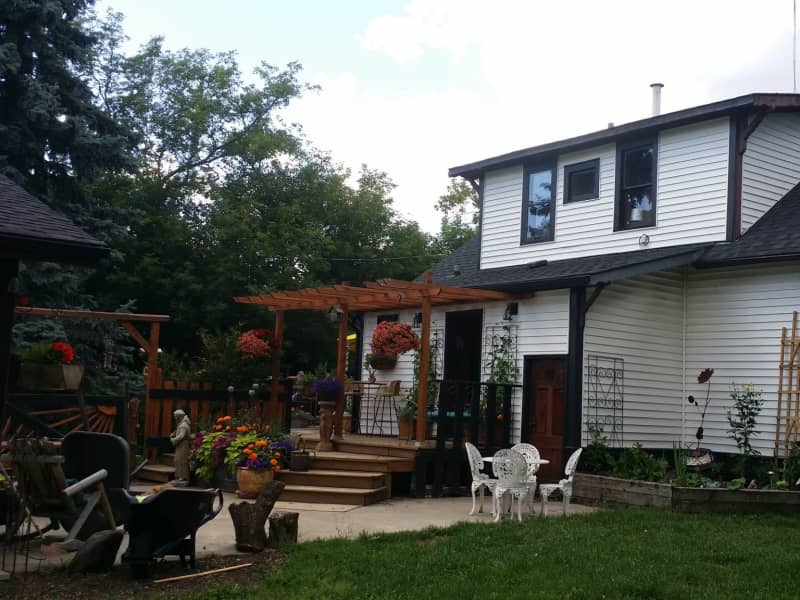 Housesitting assignment in Spruce Grove, Alberta, Canada