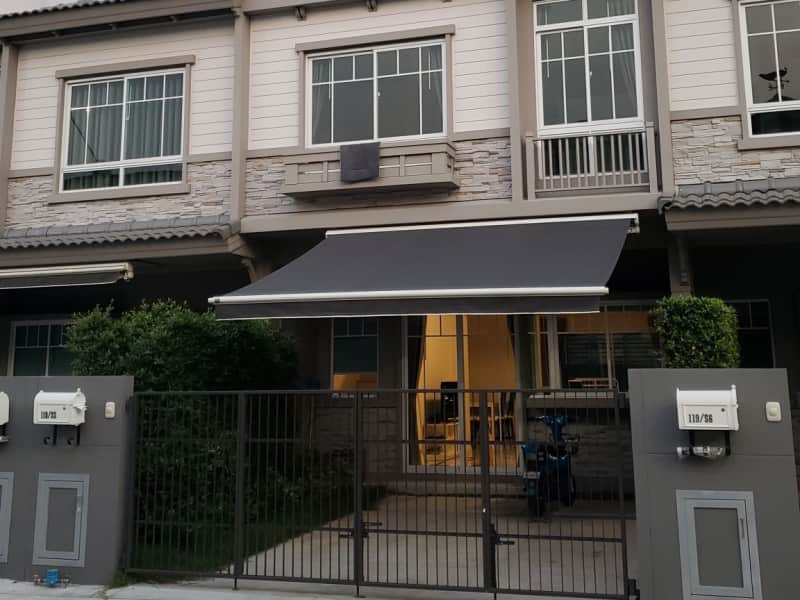 Housesitting assignment in Samut Prakan, Thailand
