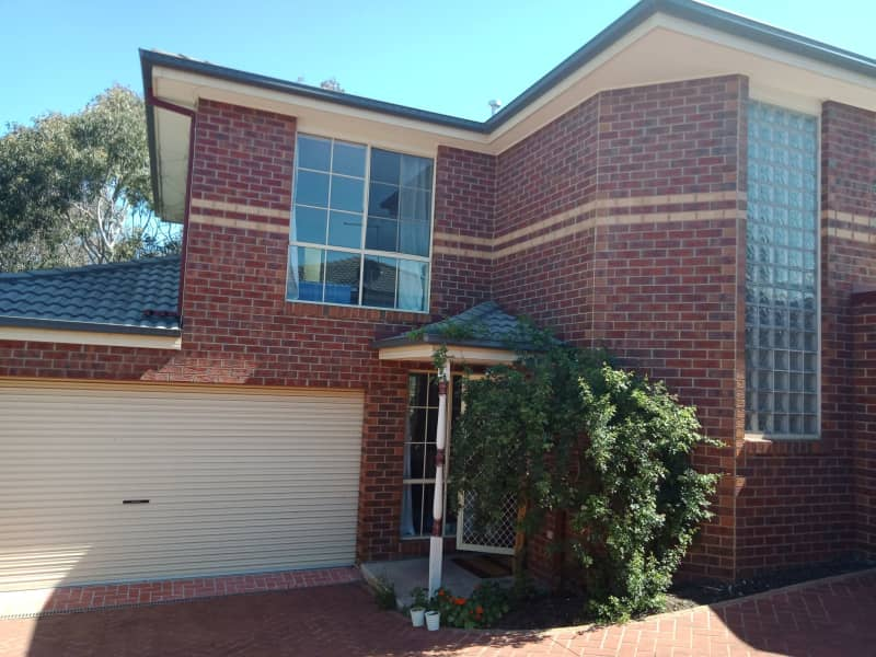 Housesitting assignment in Box Hill South, Victoria, Australia