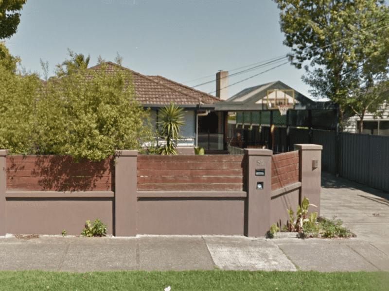 Housesitting assignment in Keilor Park, Victoria, Australia