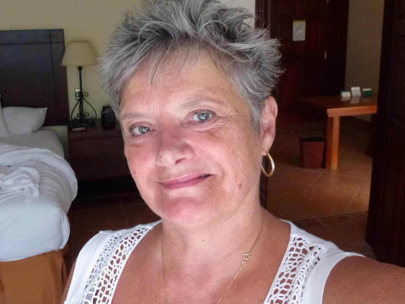 Jennifer from Ojochal, Costa Rica