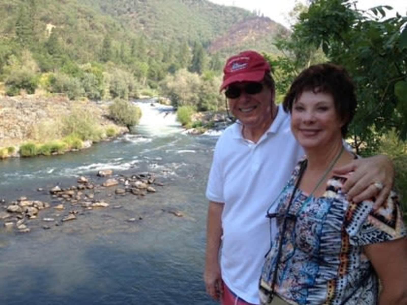 Bill & Joan from Chandler, Arizona, United States