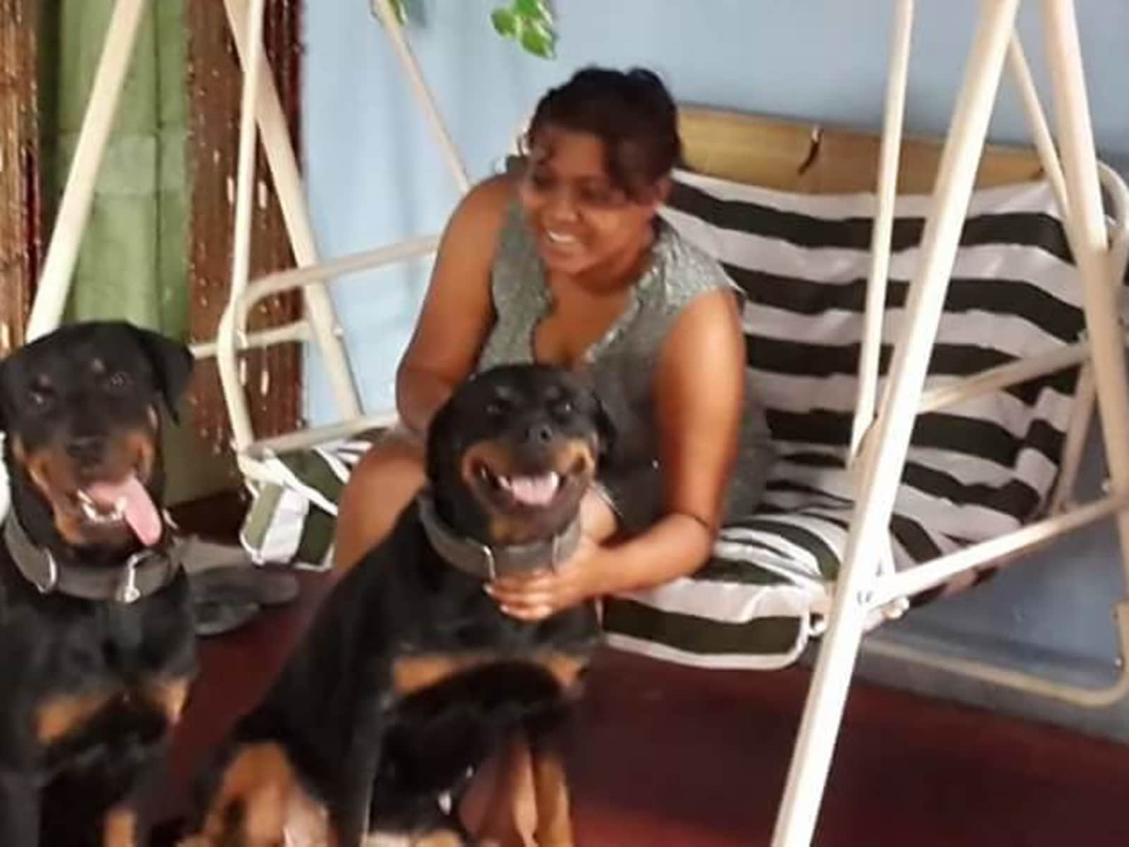 Rishma from Port-of-Spain, Trinidad and Tobago
