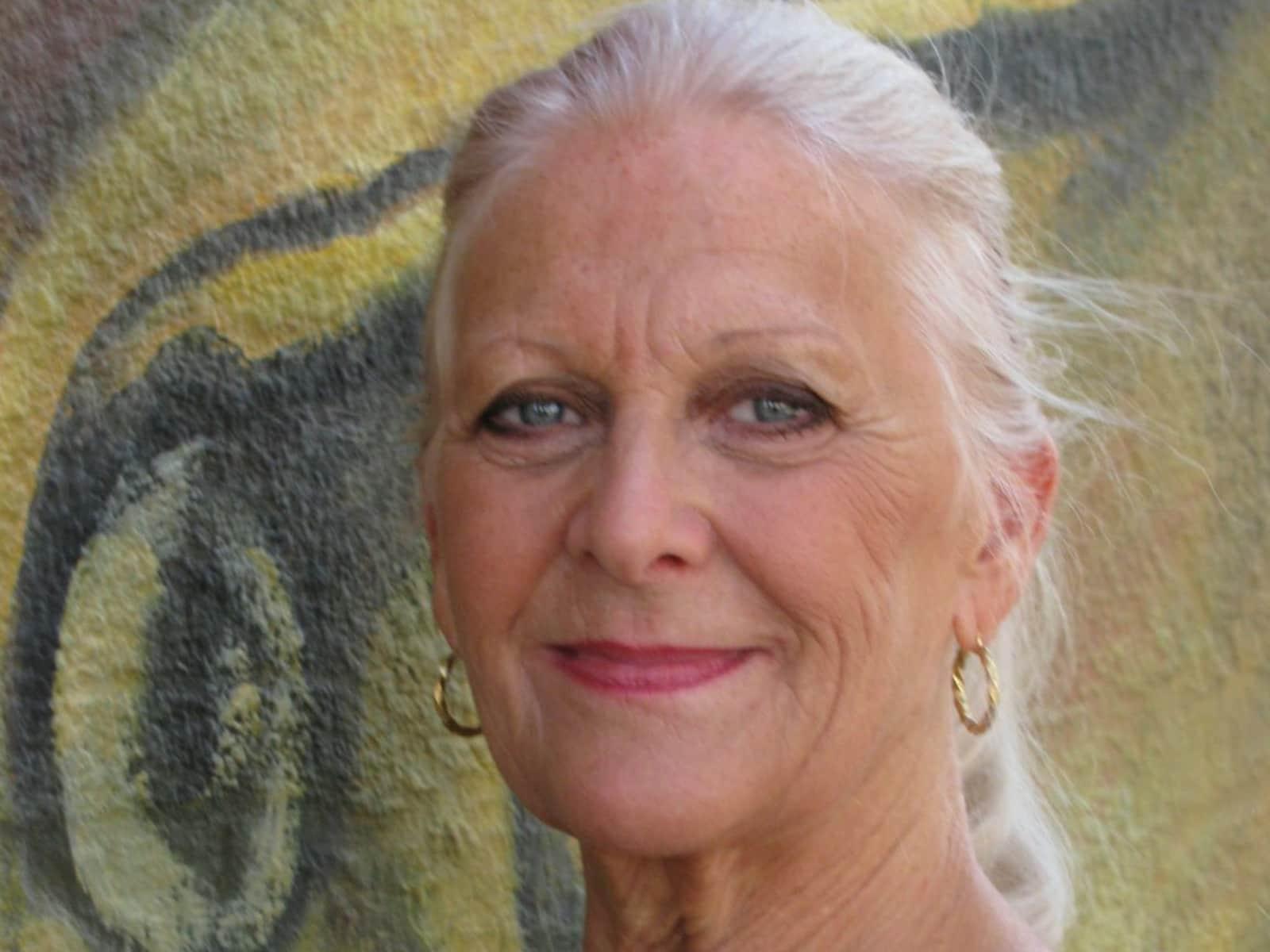 Sue from Pasadena, California, United States