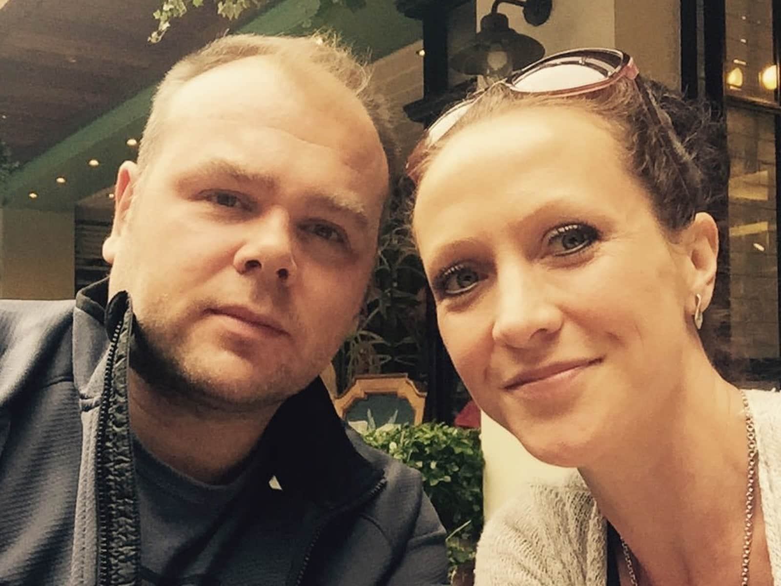 Aimee & Daryl from Merstham, United Kingdom