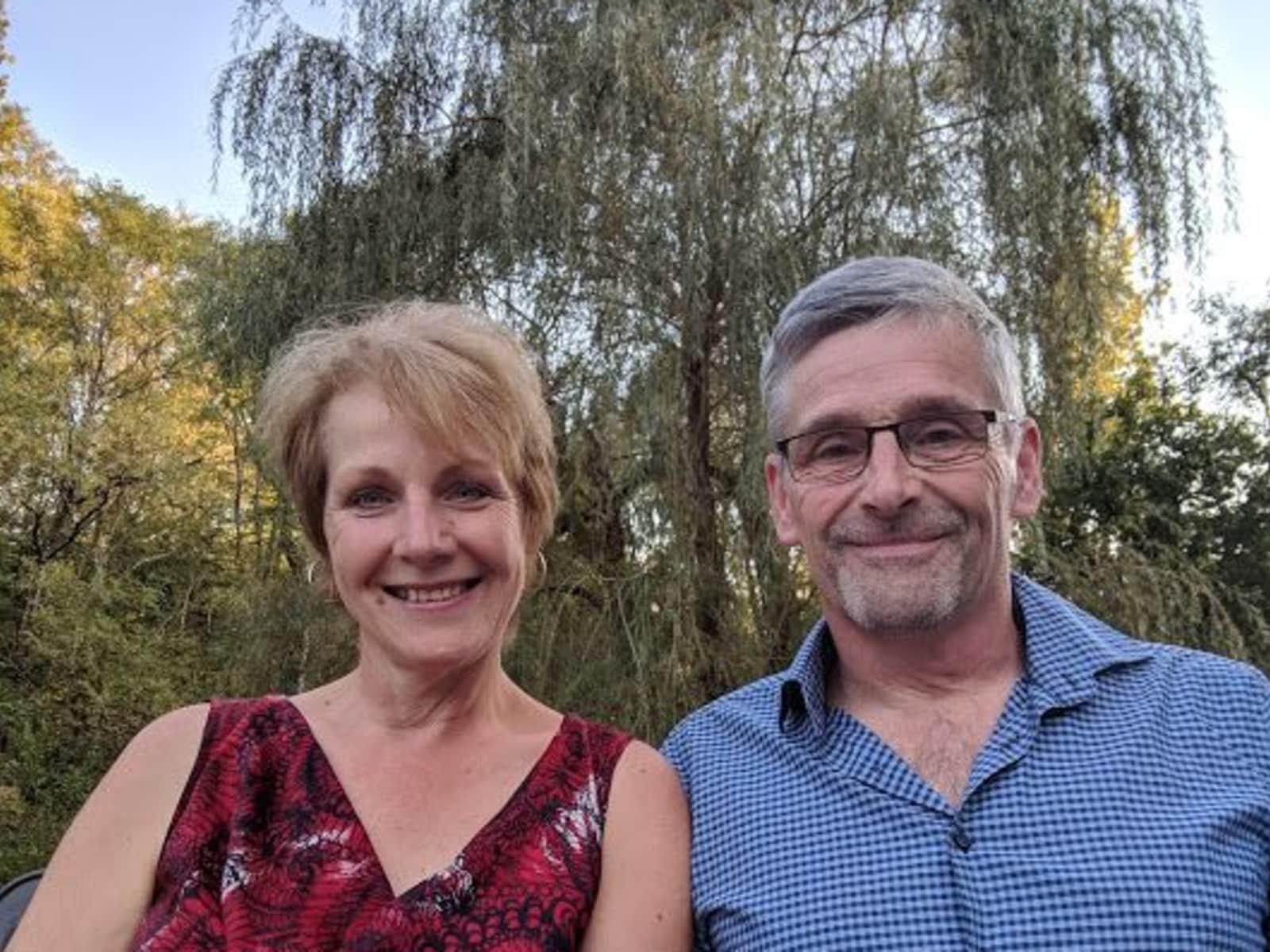 Kathrine & Nigel from Lubersac, France