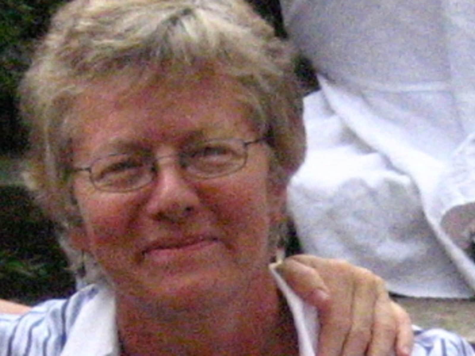 Lynne from Totnes, United Kingdom