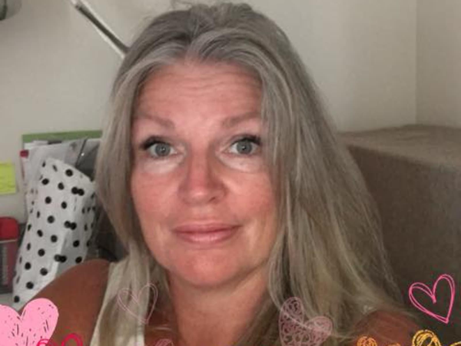 Linda from Eltham, Victoria, Australia