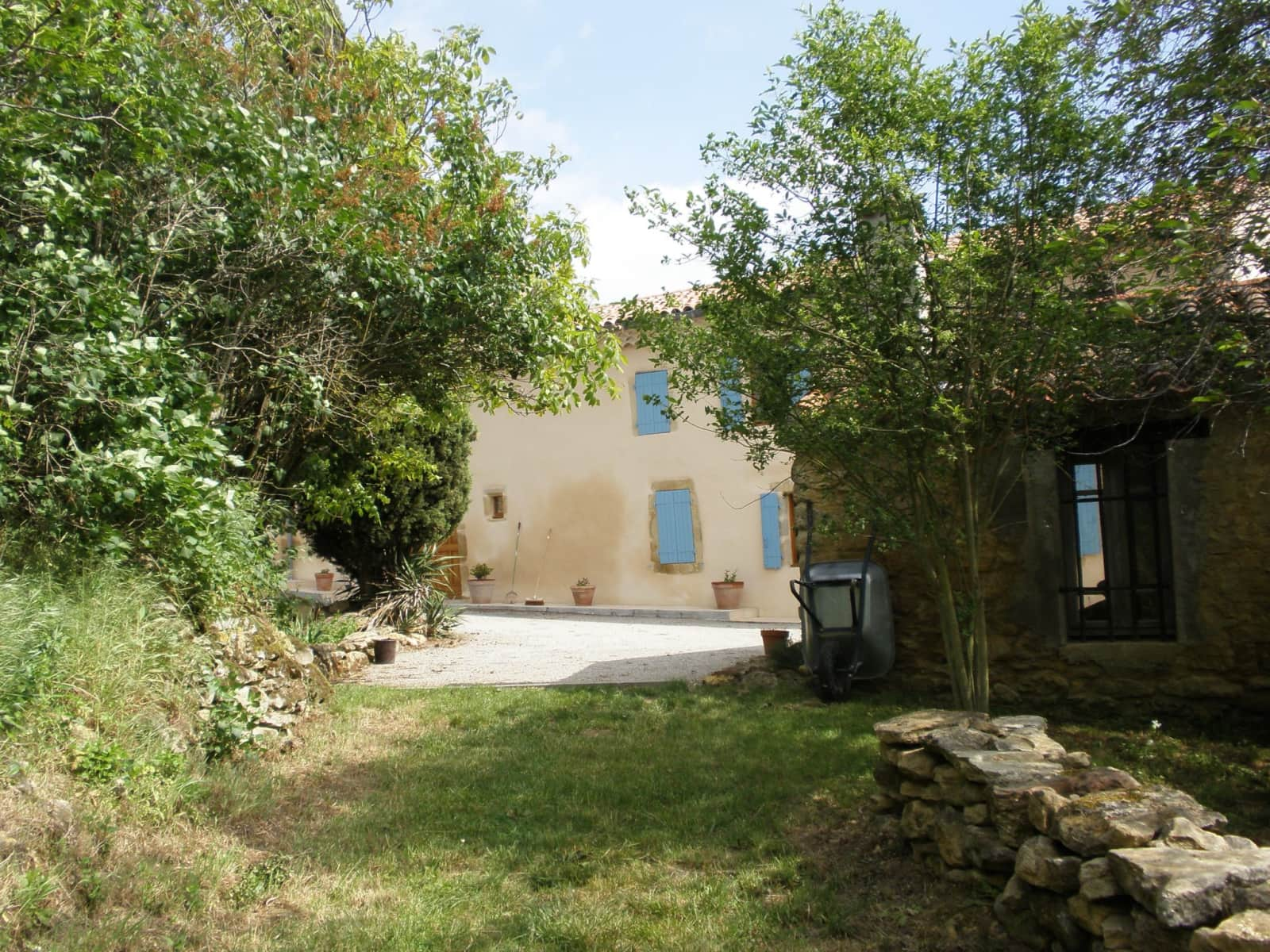 Housesitting assignment in Salles-sur-l'Hers, France