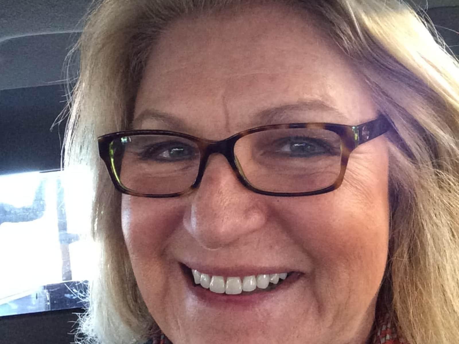 Sue from Pacifica, California, United States
