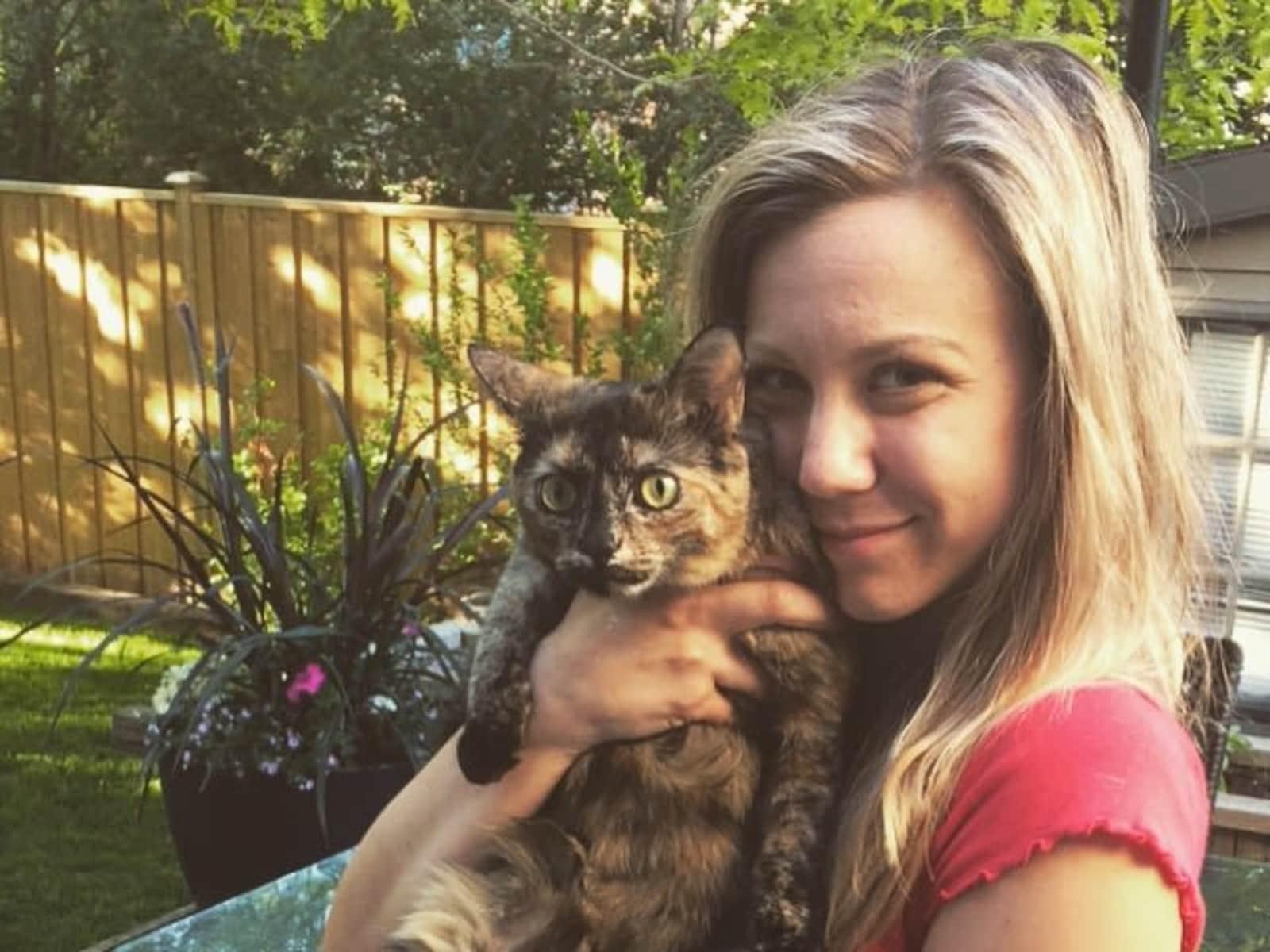 Amanda from Burlington Beach, Ontario, Canada