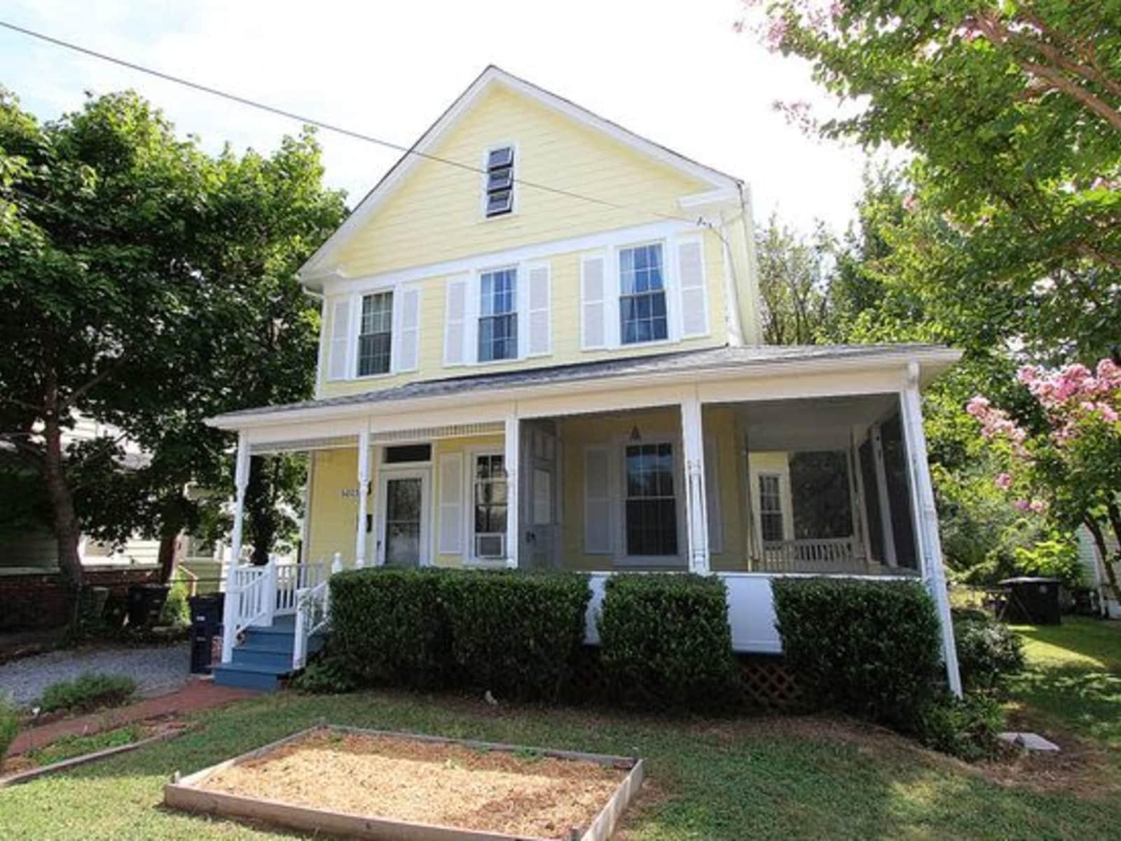 Housesitting assignment in Hyattsville, Maryland, United States