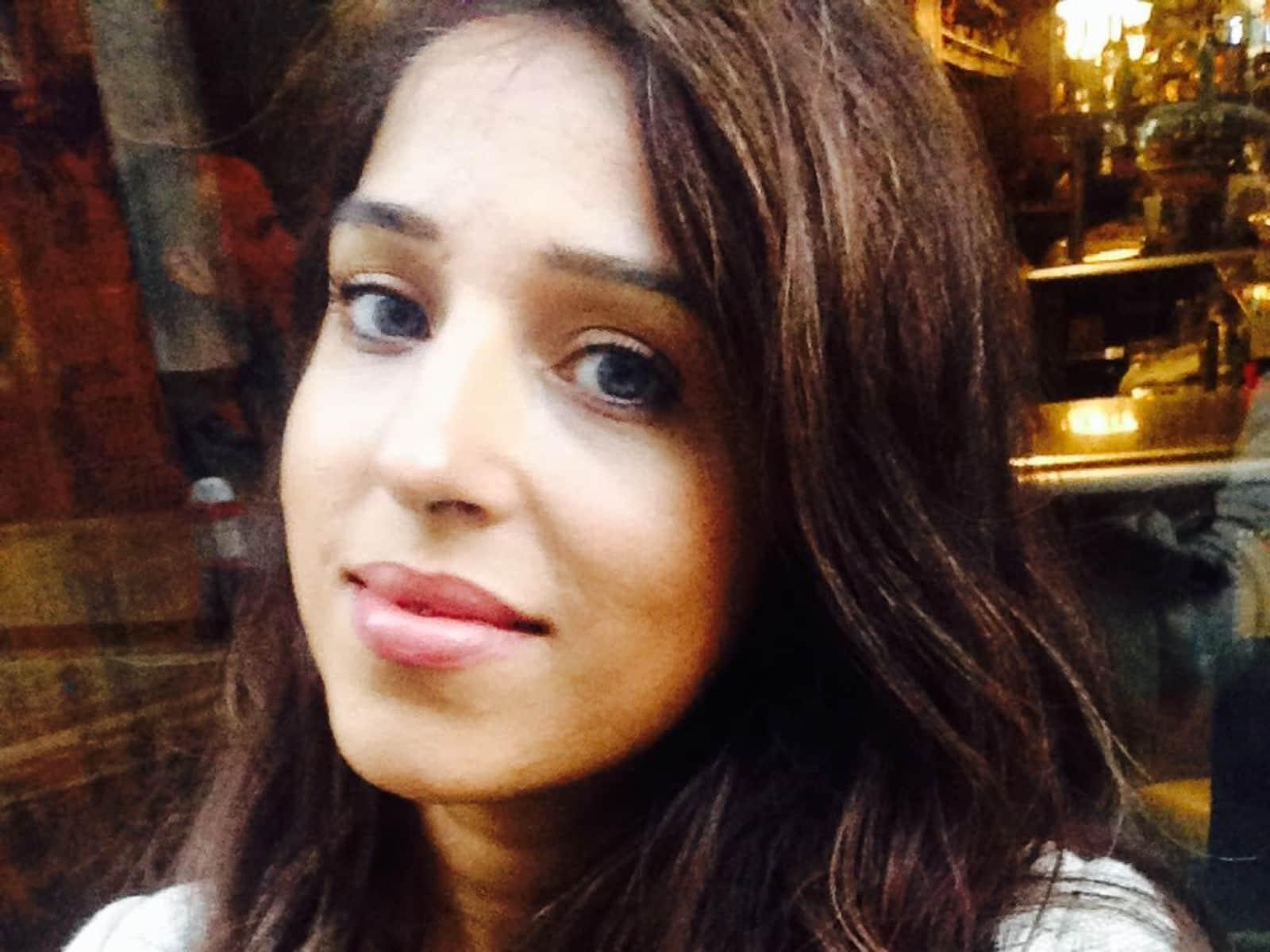 Aisha from London, United Kingdom