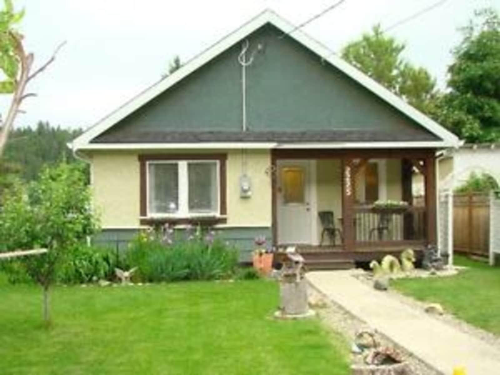 Housesitting assignment in Lumby, British Columbia, Canada