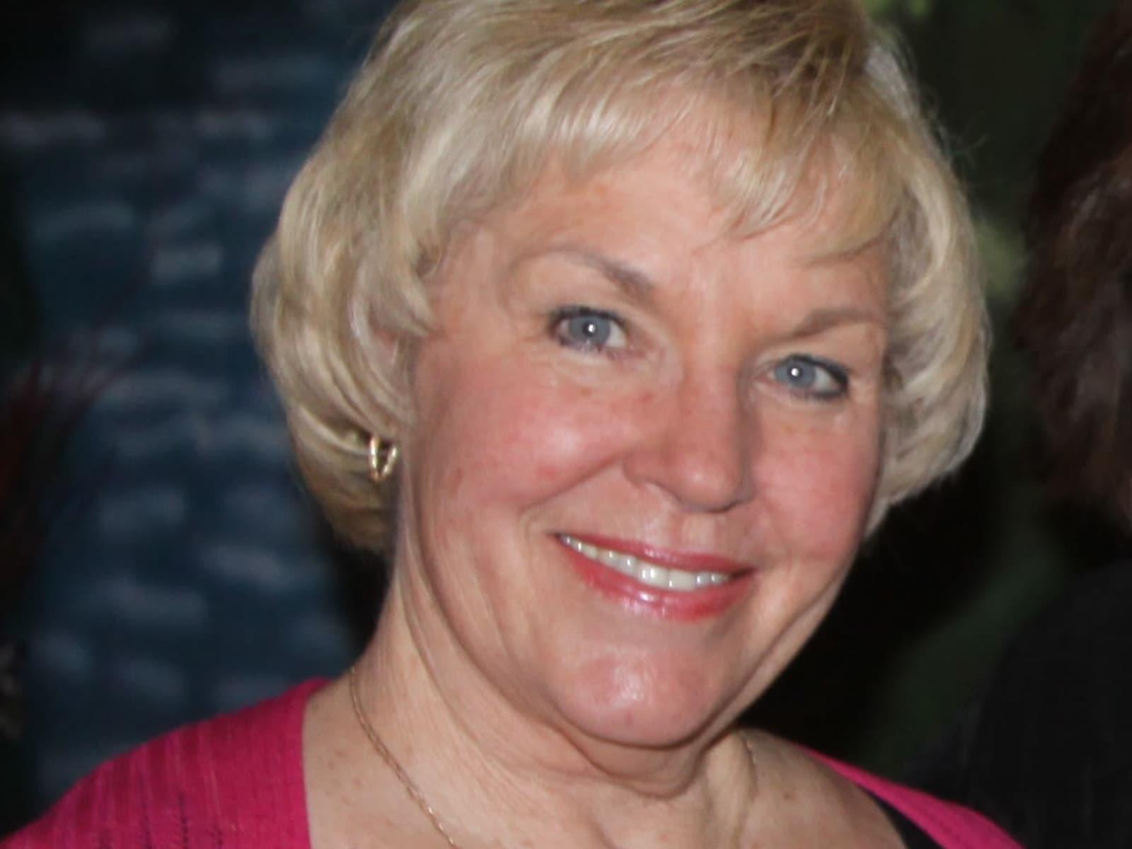 Martha from Rancho Palos Verdes, California, United States