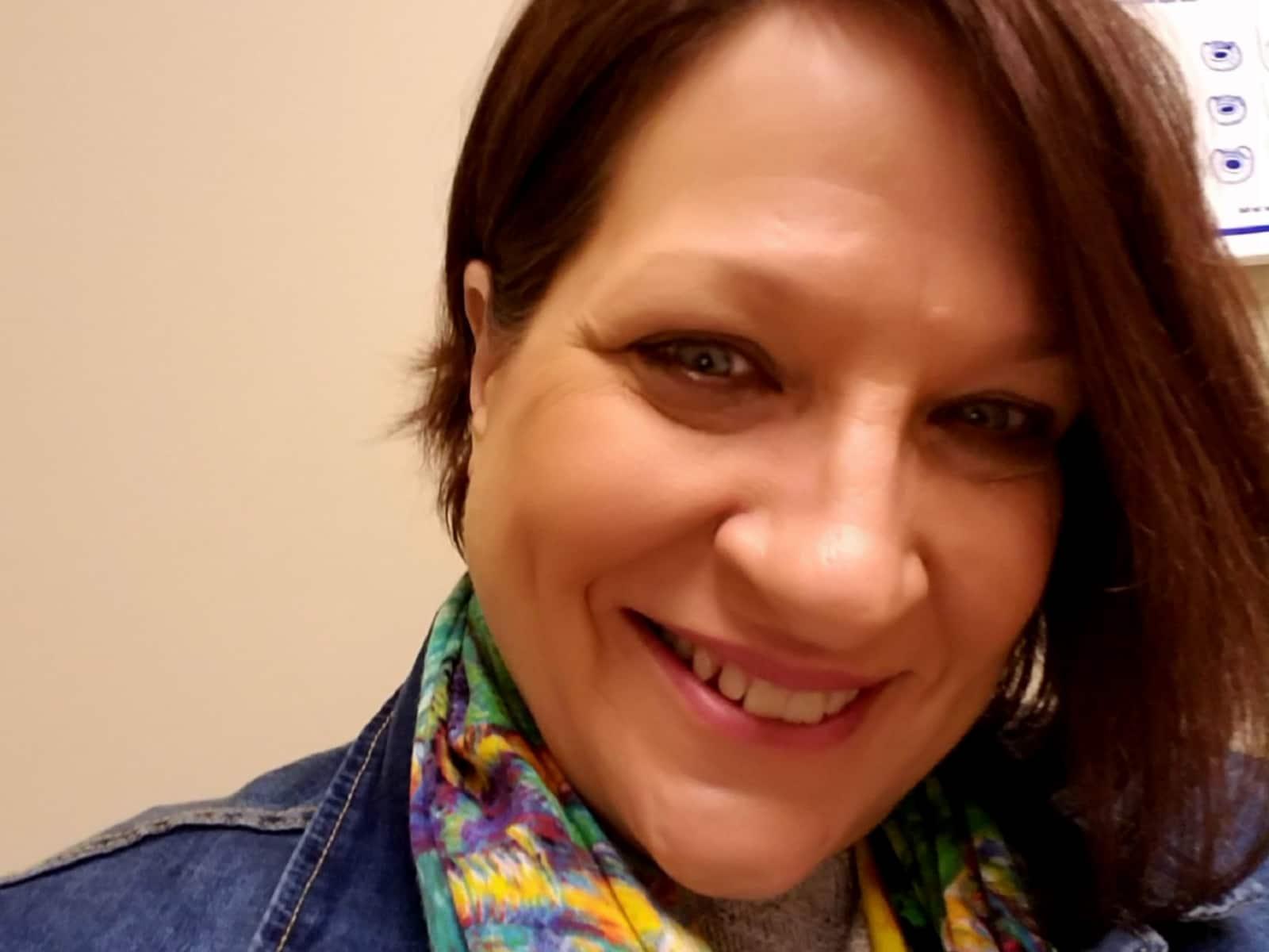 Johnna from Murfreesboro, Tennessee, United States