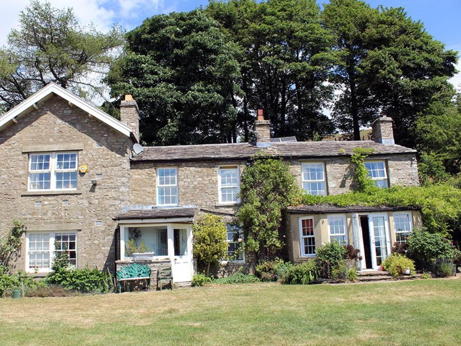Housesitting assignment in Leyburn, United Kingdom