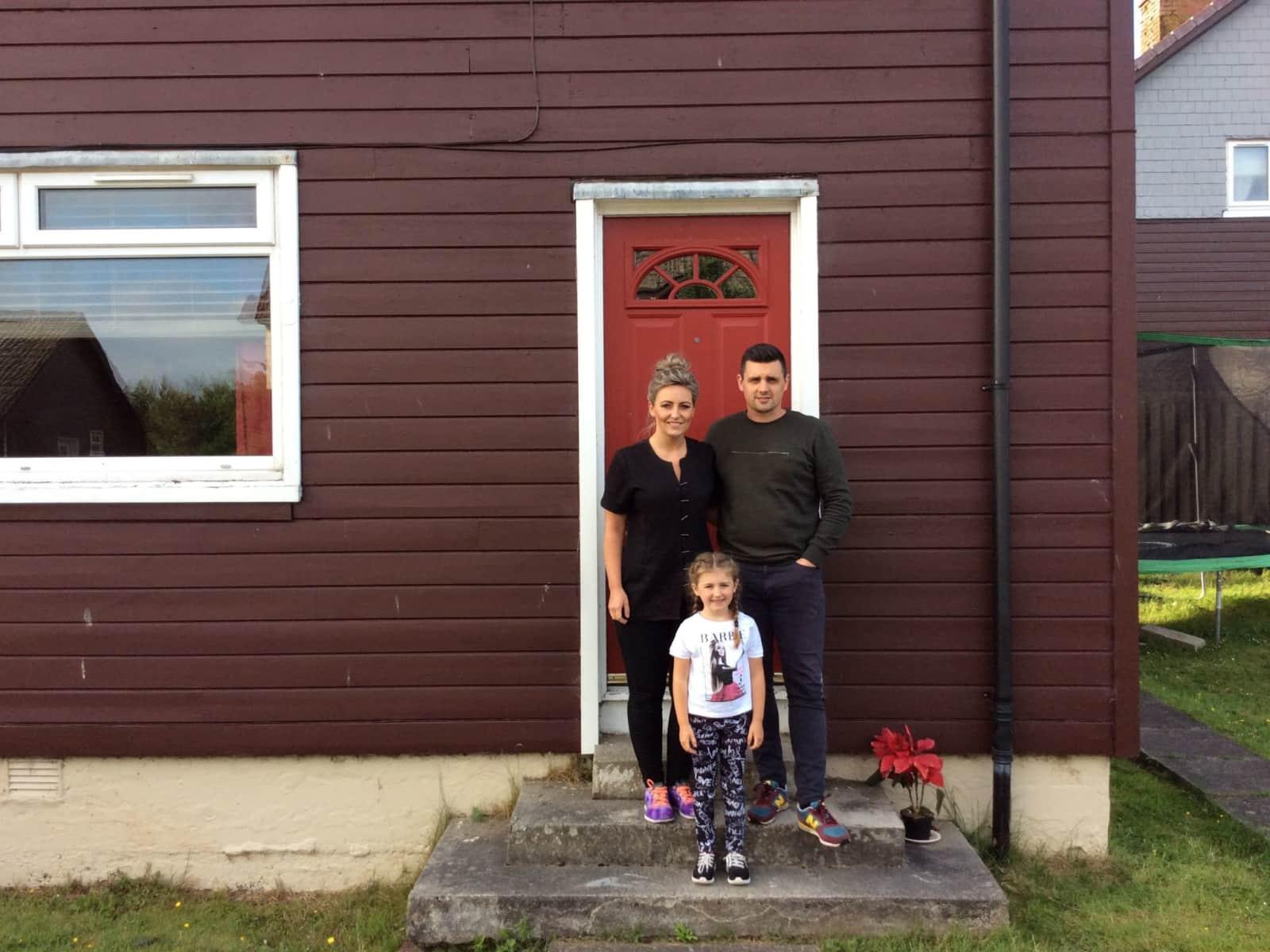 Les & Pamela from Fauldhouse, United Kingdom