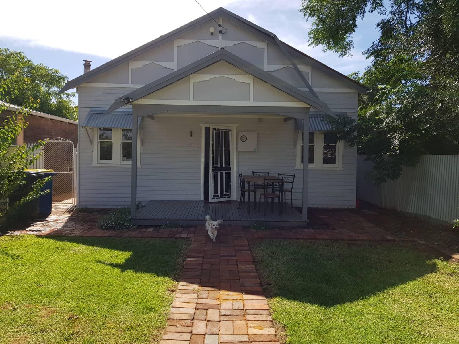Housesitting assignment in Kalgoorlie, Western Australia, Australia