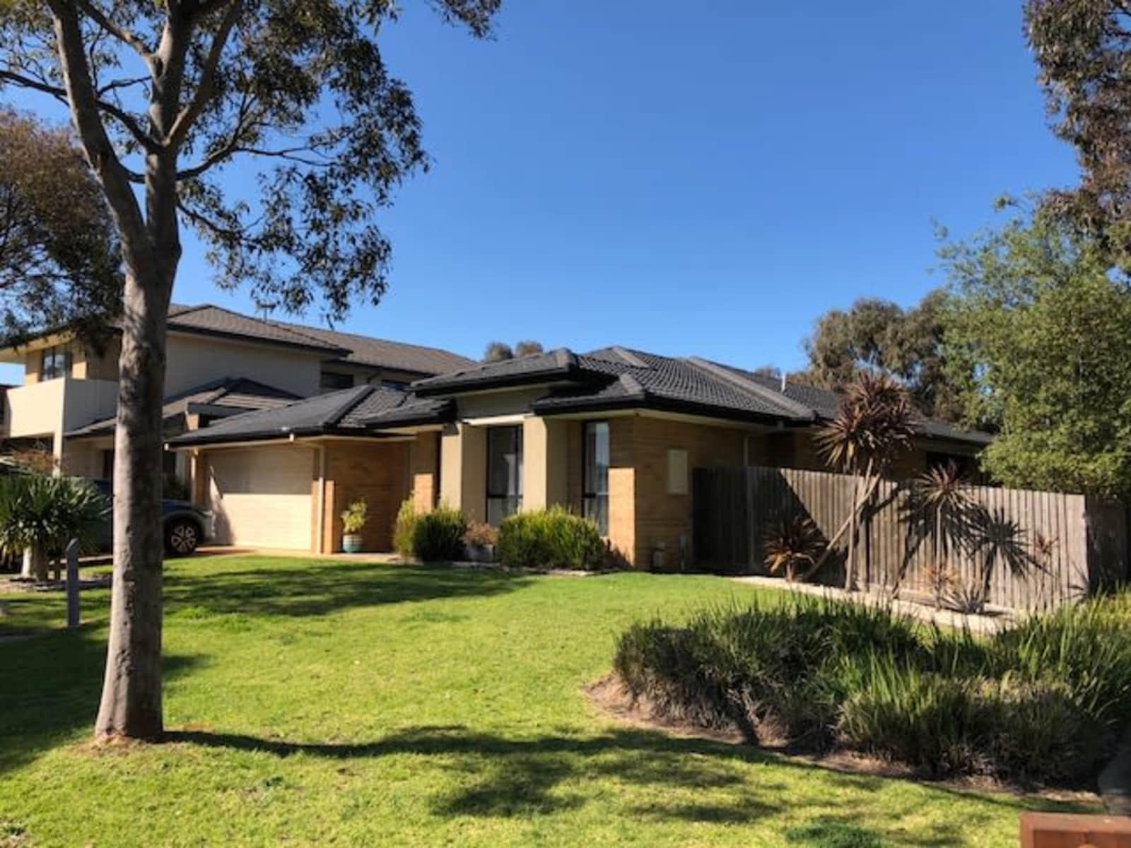 Housesitting assignment in Sandhurst, Victoria, Australia