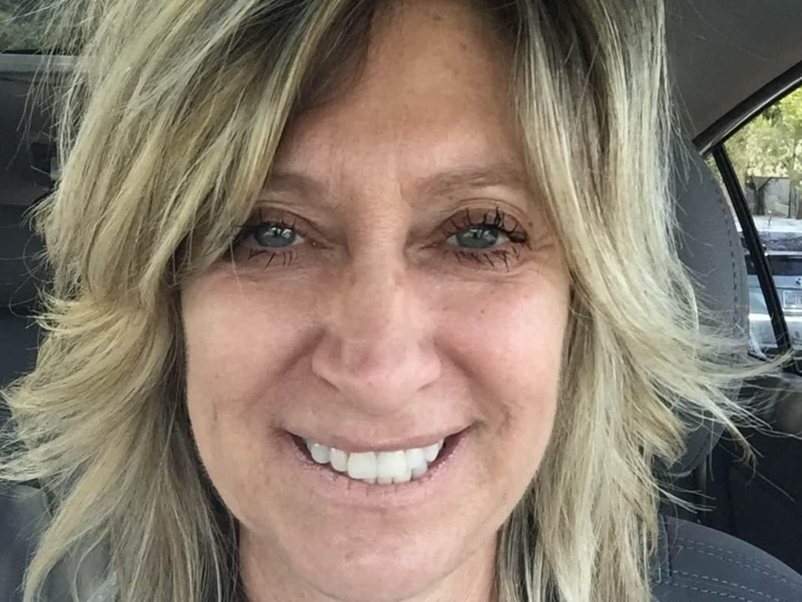 Tina from Paradise Valley, Arizona, United States
