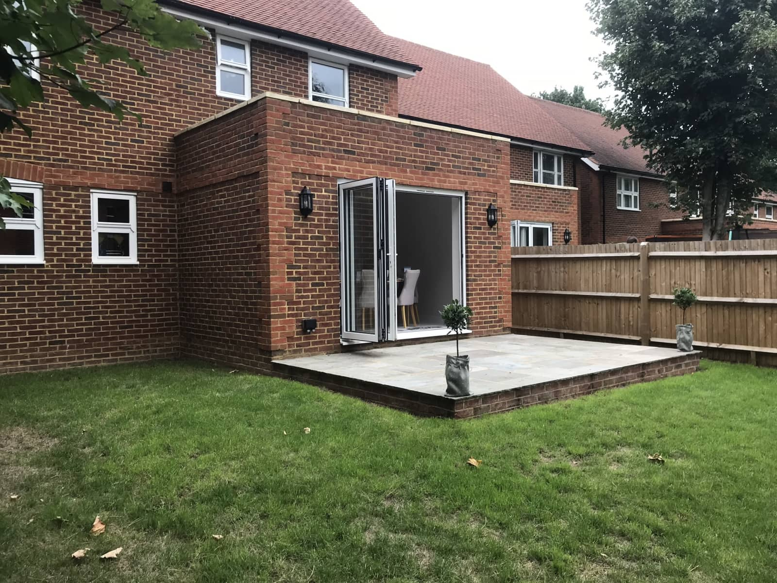 Housesitting assignment in Horley, United Kingdom