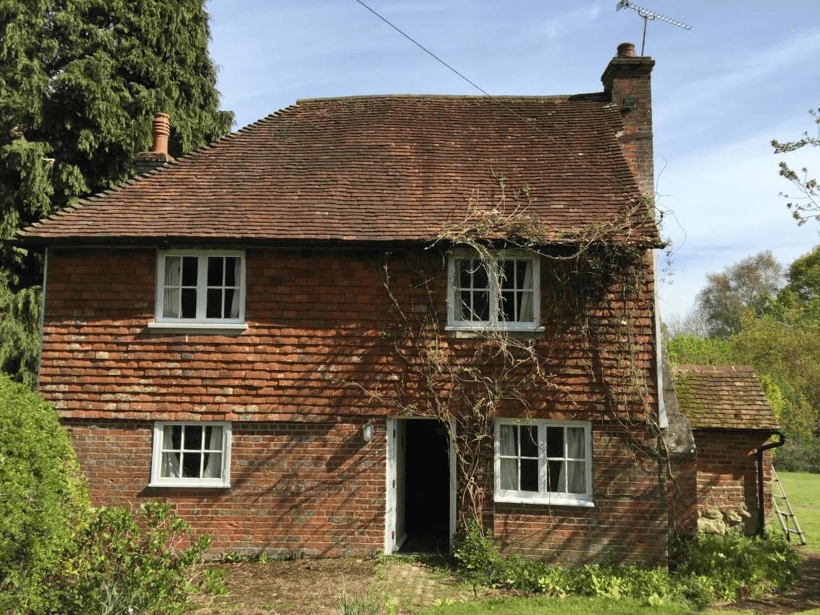 Housesitting assignment in Hawkhurst, United Kingdom