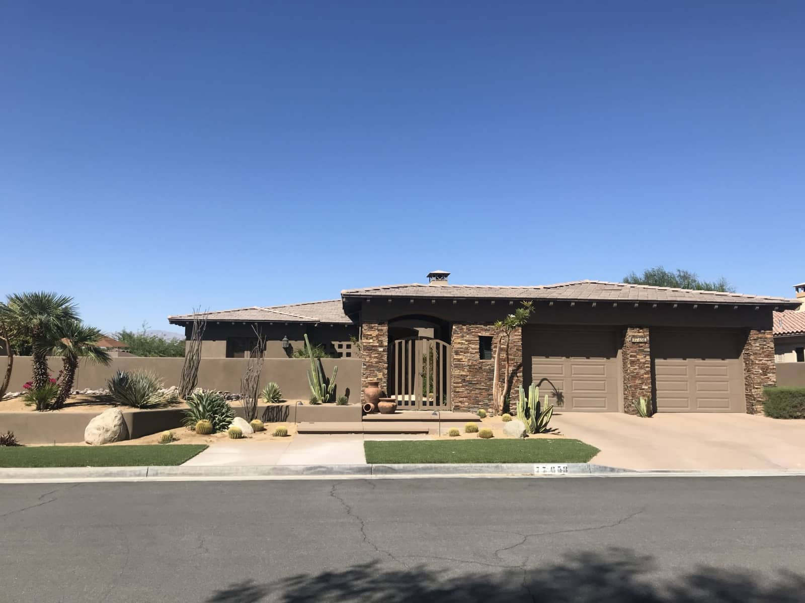 Housesitting assignment in Indian Wells, California, United States