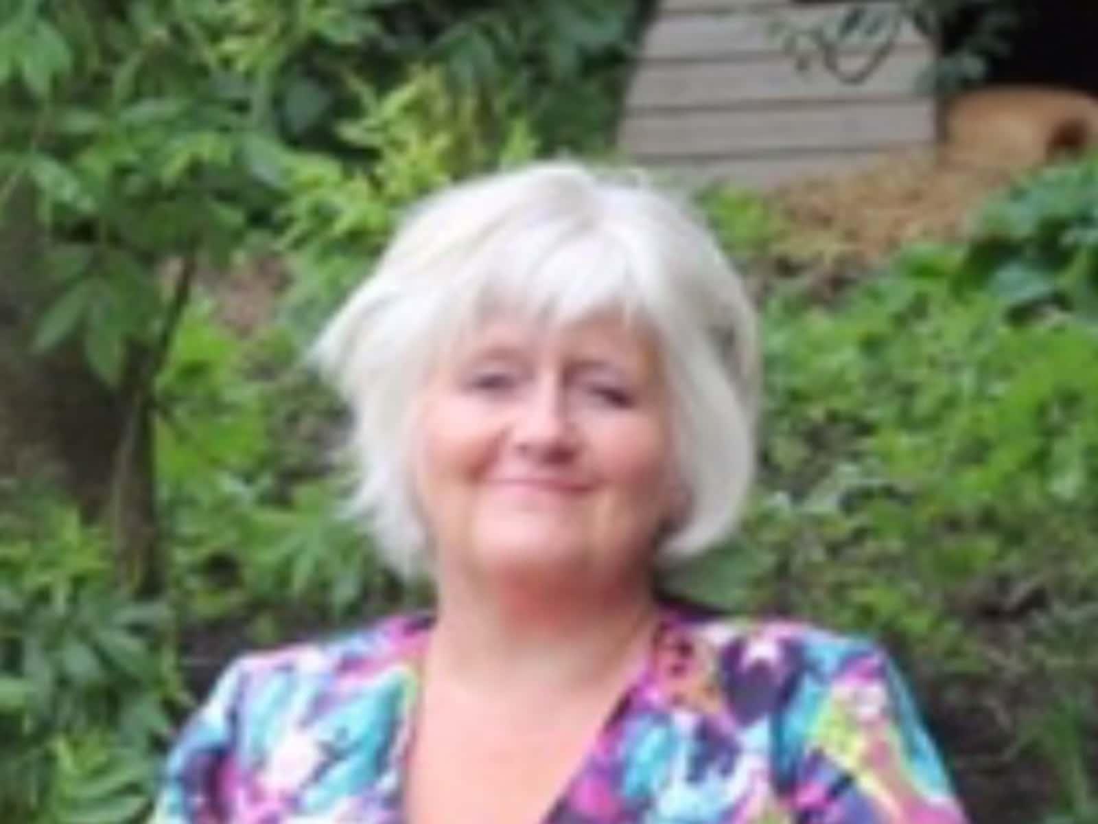 Philippa from Mere, United Kingdom