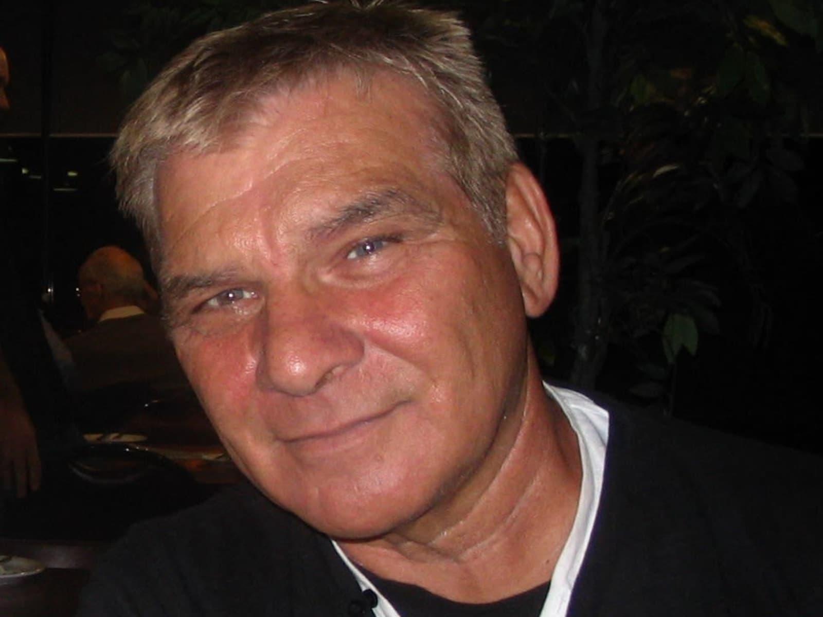 Frank from Gold Coast, Queensland, Australia
