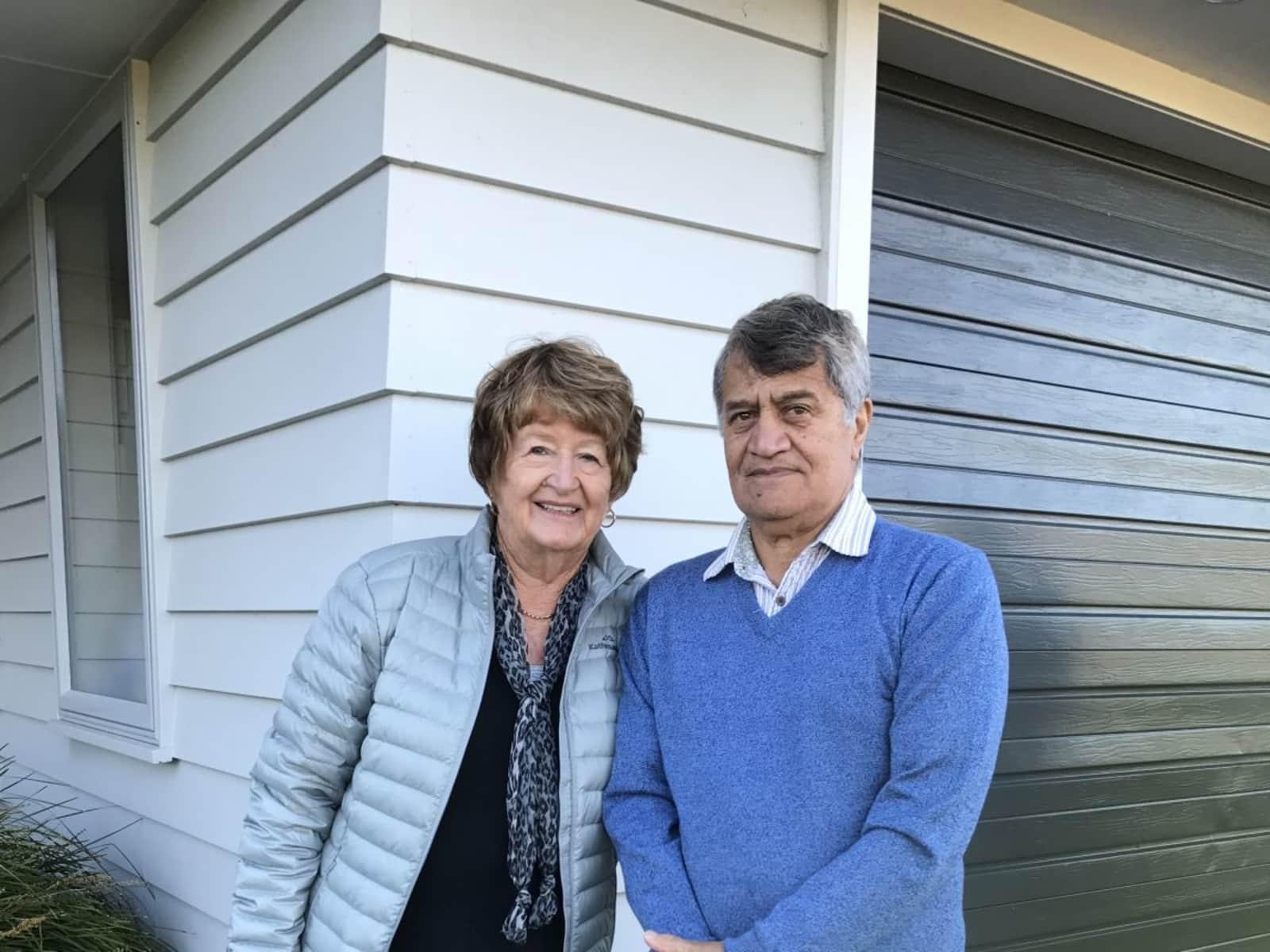 Lynda  & Bob from Ruakaka, New Zealand