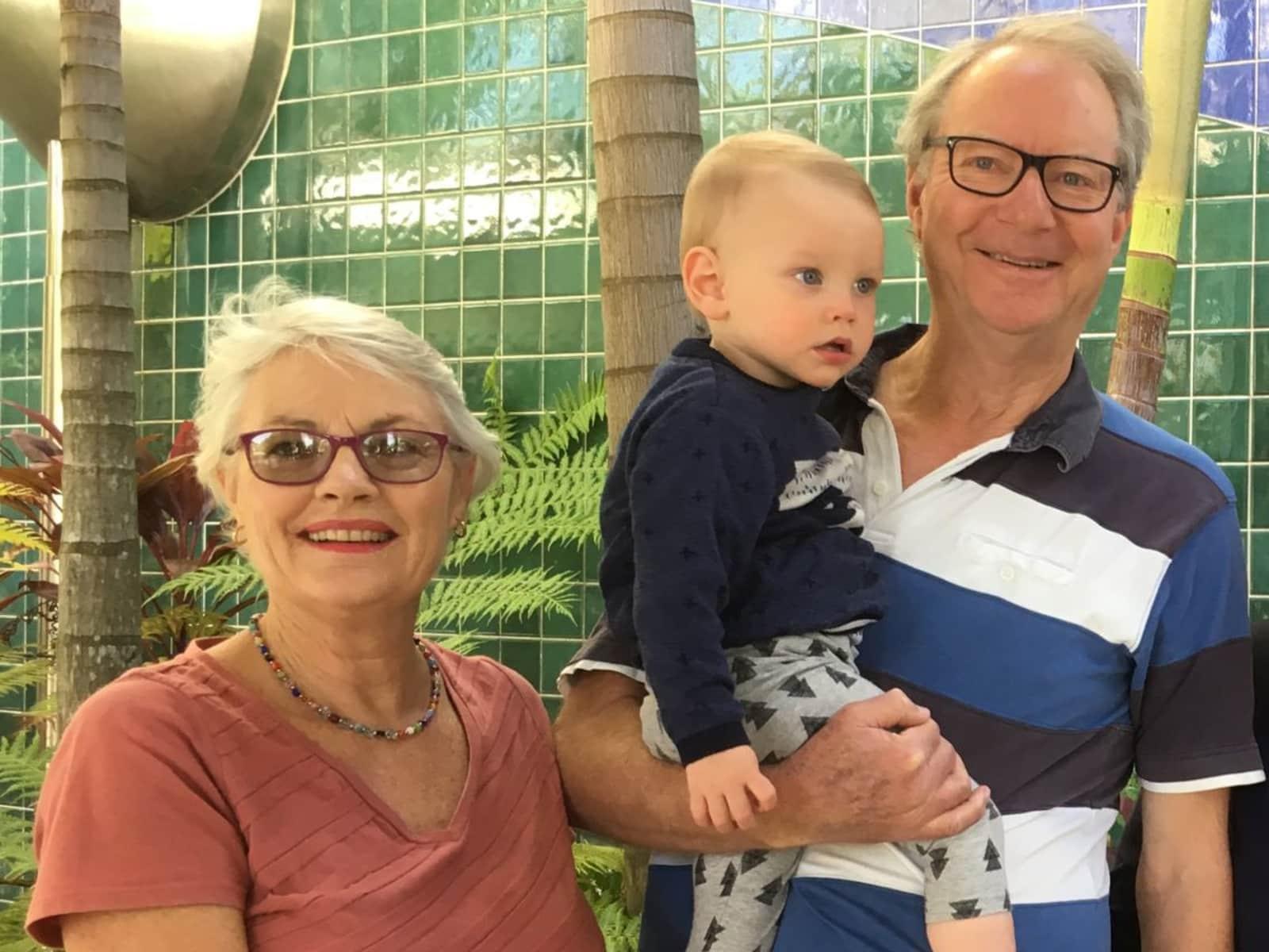 Philip & Glenda from Noosaville, Queensland, Australia