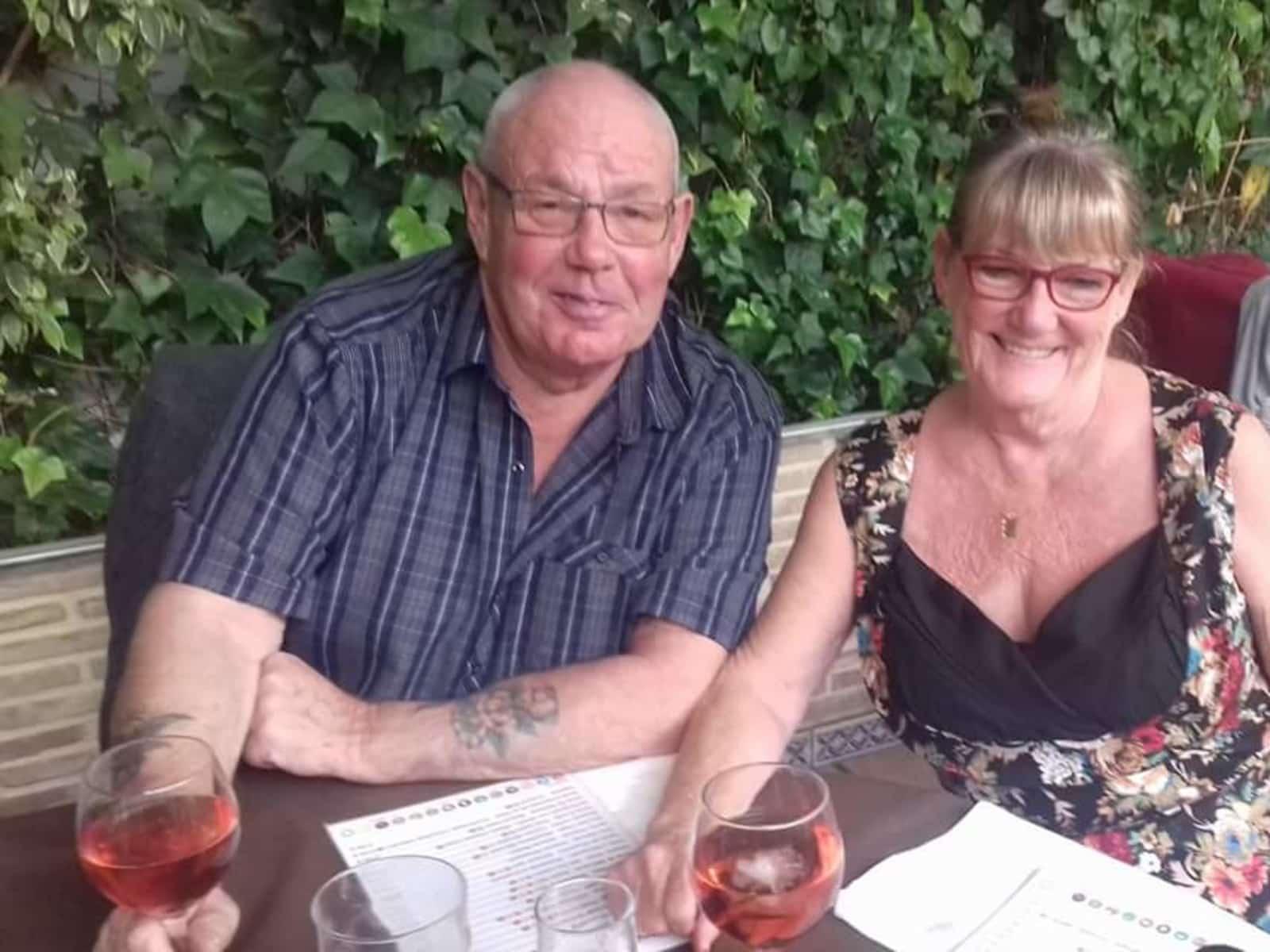 Gwen & Derek from Torrevieja, Spain