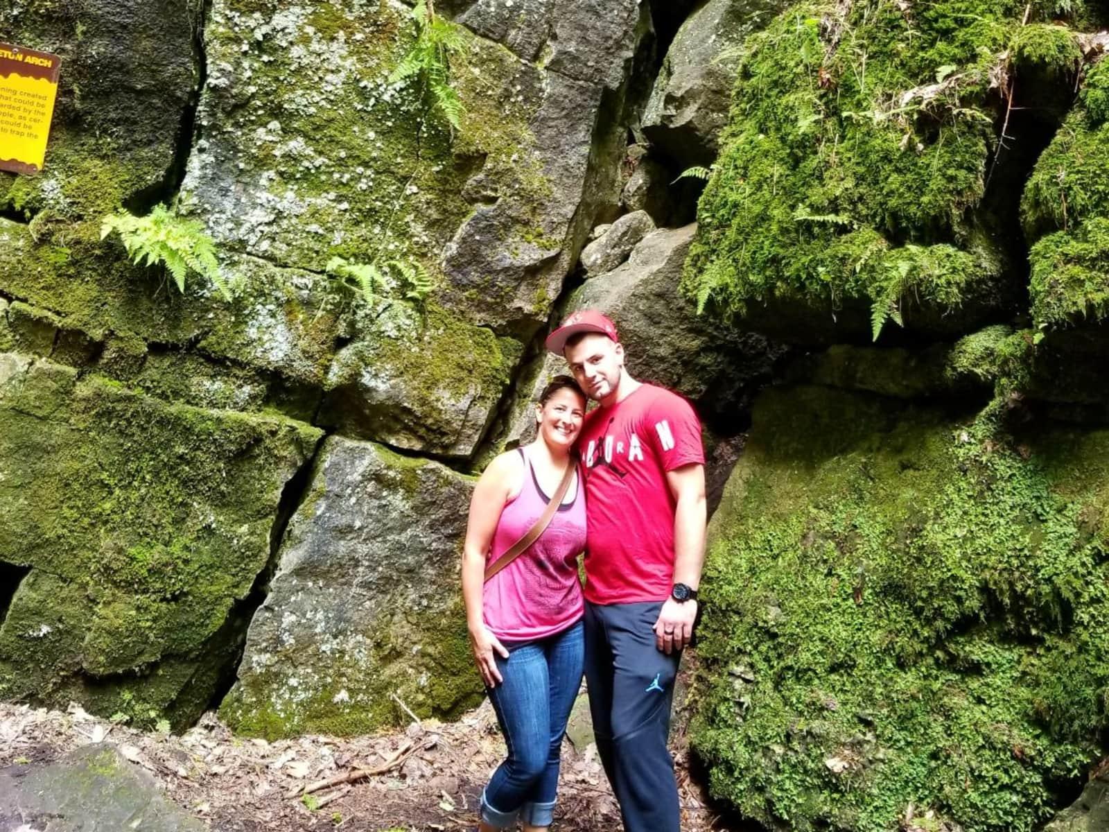 Shannon & Brandon from Burlington, Ontario, Canada
