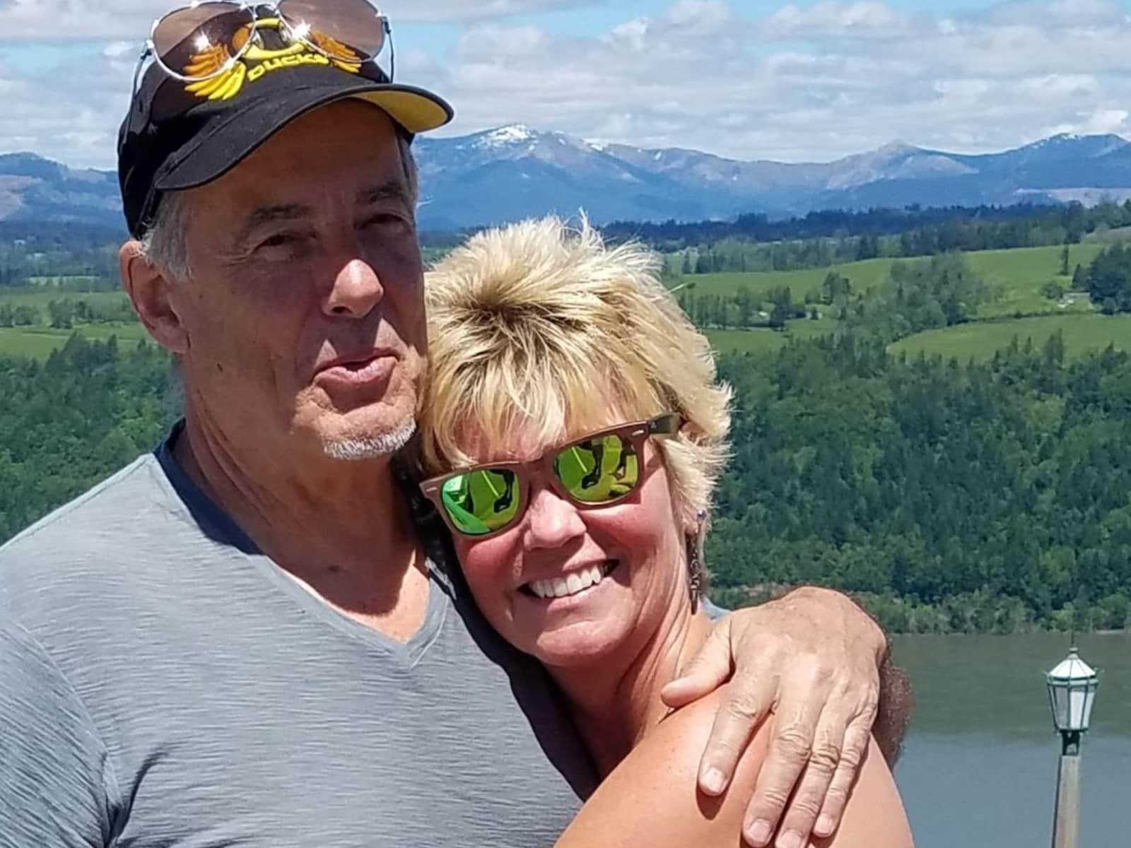 Sharon & George from Oregon City, Oregon, United States