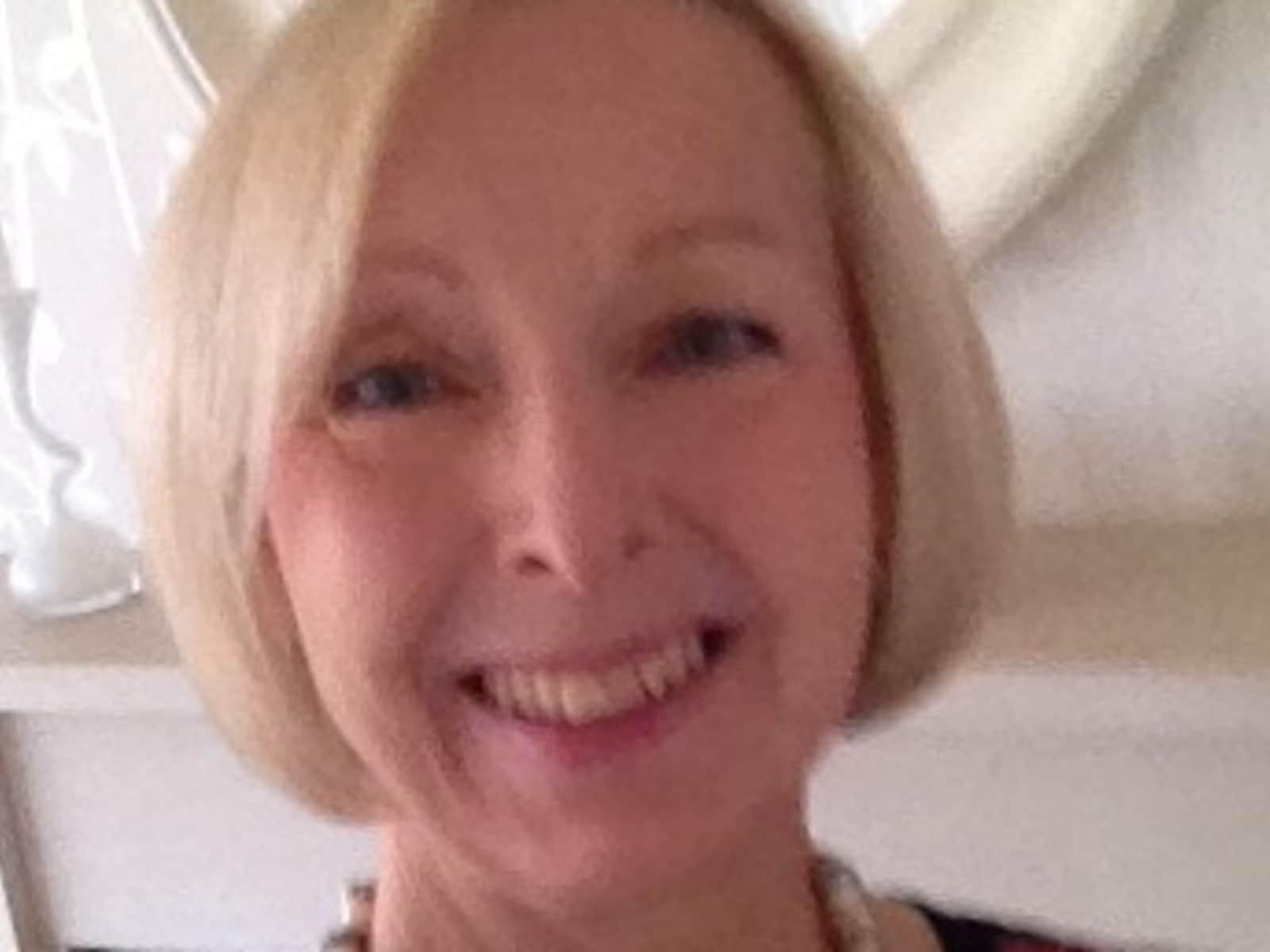 Sandra from Ascot, United Kingdom