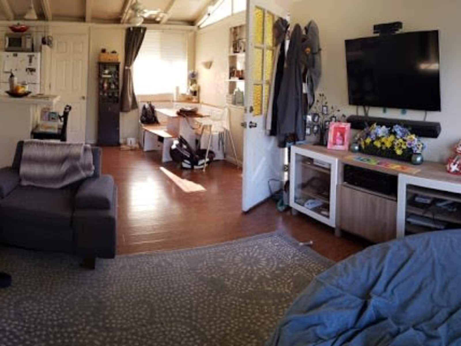 Housesitting assignment in Cupertino, California, United States