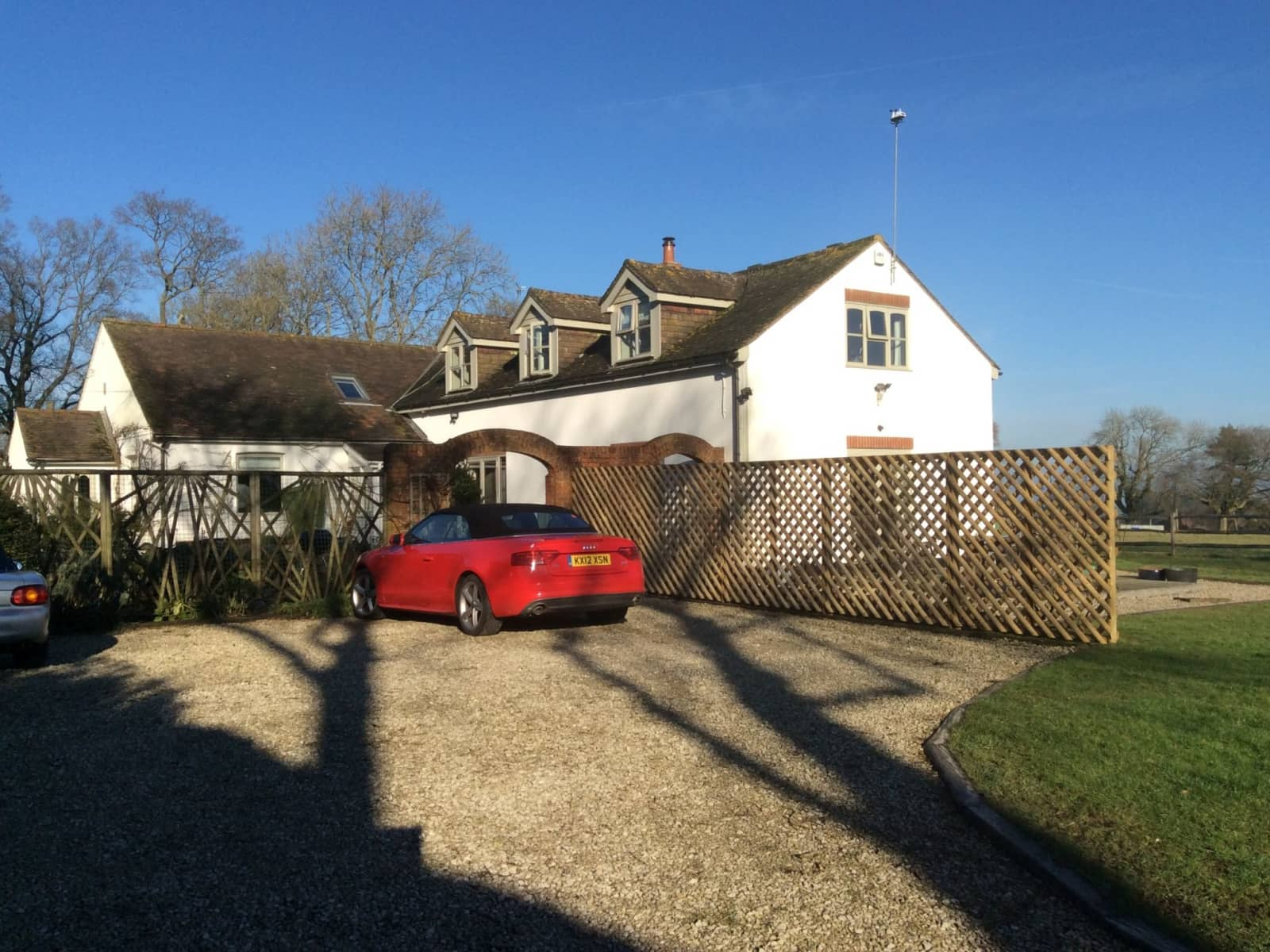 Housesitting assignment in Four Marks, United Kingdom