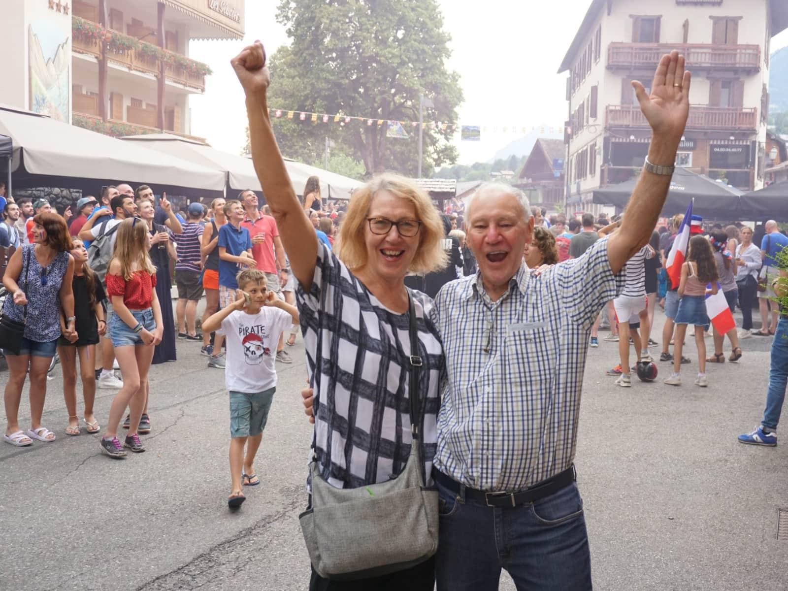 Janet & Rob from Bli Bli, Queensland, Australia