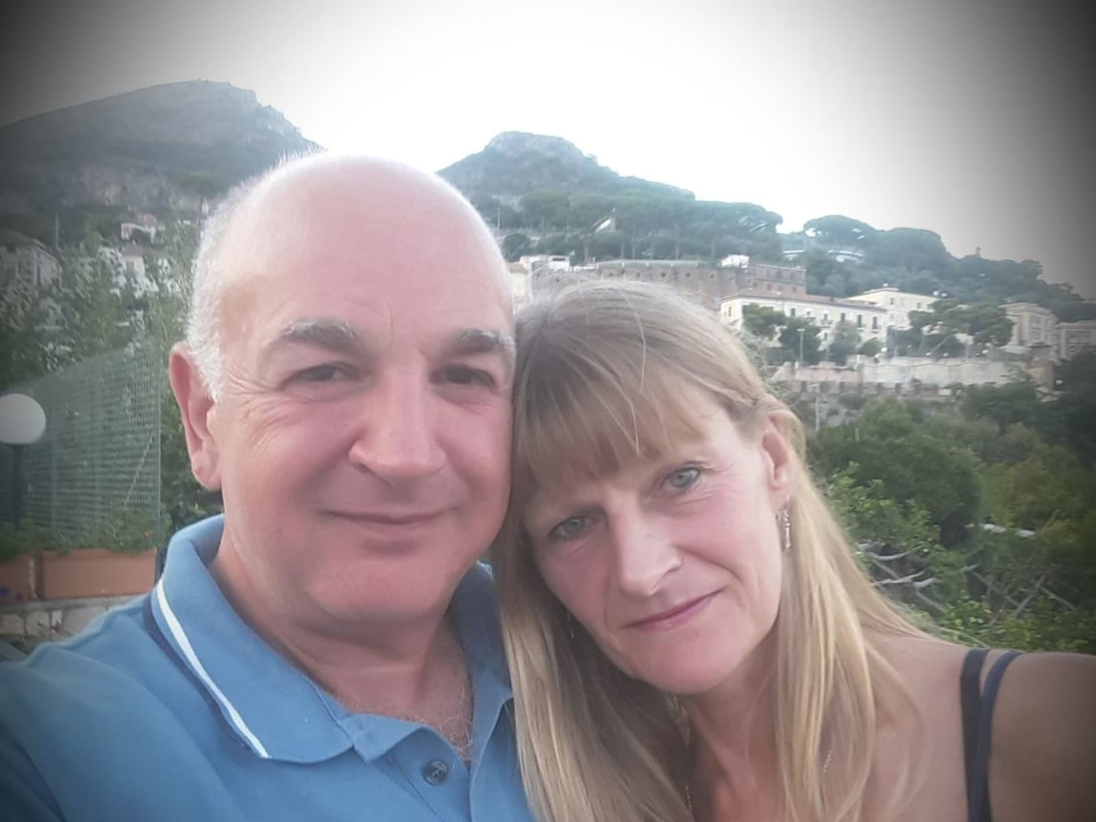 Glynis & Carlo from West Mersea, United Kingdom