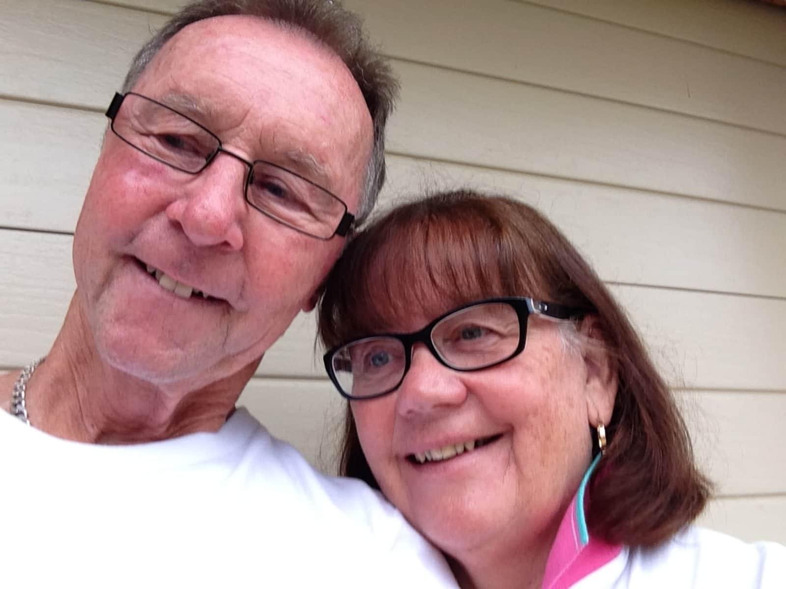 Alan and roz & Roz from Albury, New South Wales, Australia
